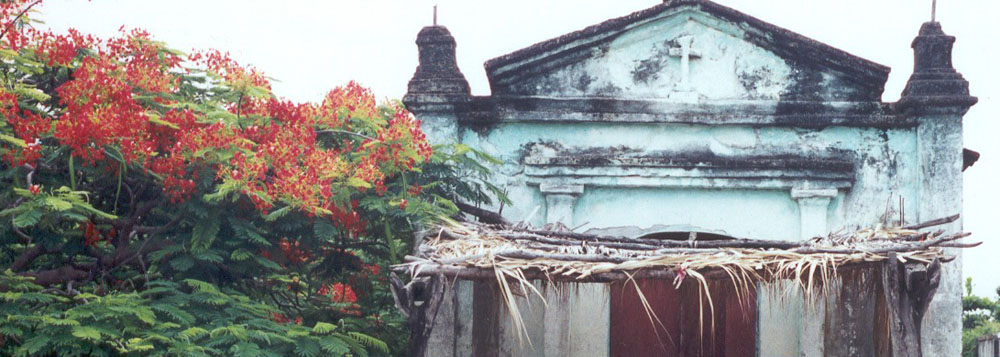 Barrio shrine, San Dionisio del Mar, Isthmus of Tehuantepec ~ WLC ~ 2000